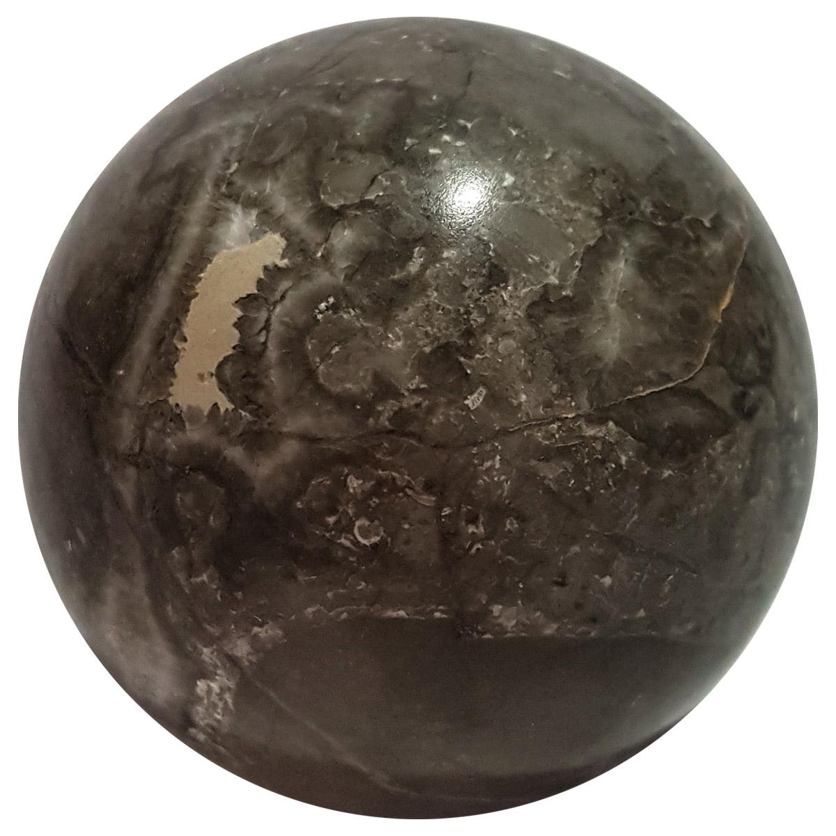 Sfera in marmo grigio di Billiemi