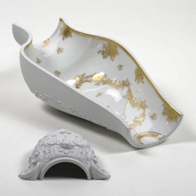 Centrotavola Cocci Cantori by Gumdesign