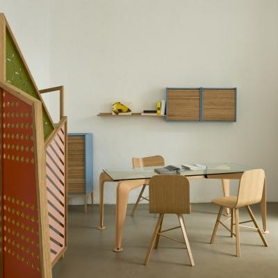 Sedia in legno Tria Simple Wood, rosso poro aperto |  rovere naturale by Colé