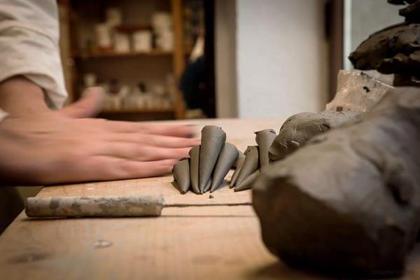 Arianna Leoni, ceramiche artistiche - Luras