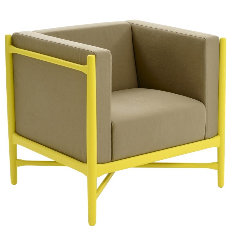 Poltrona imbottita LoKa, beige Pesba   giallo by Colé